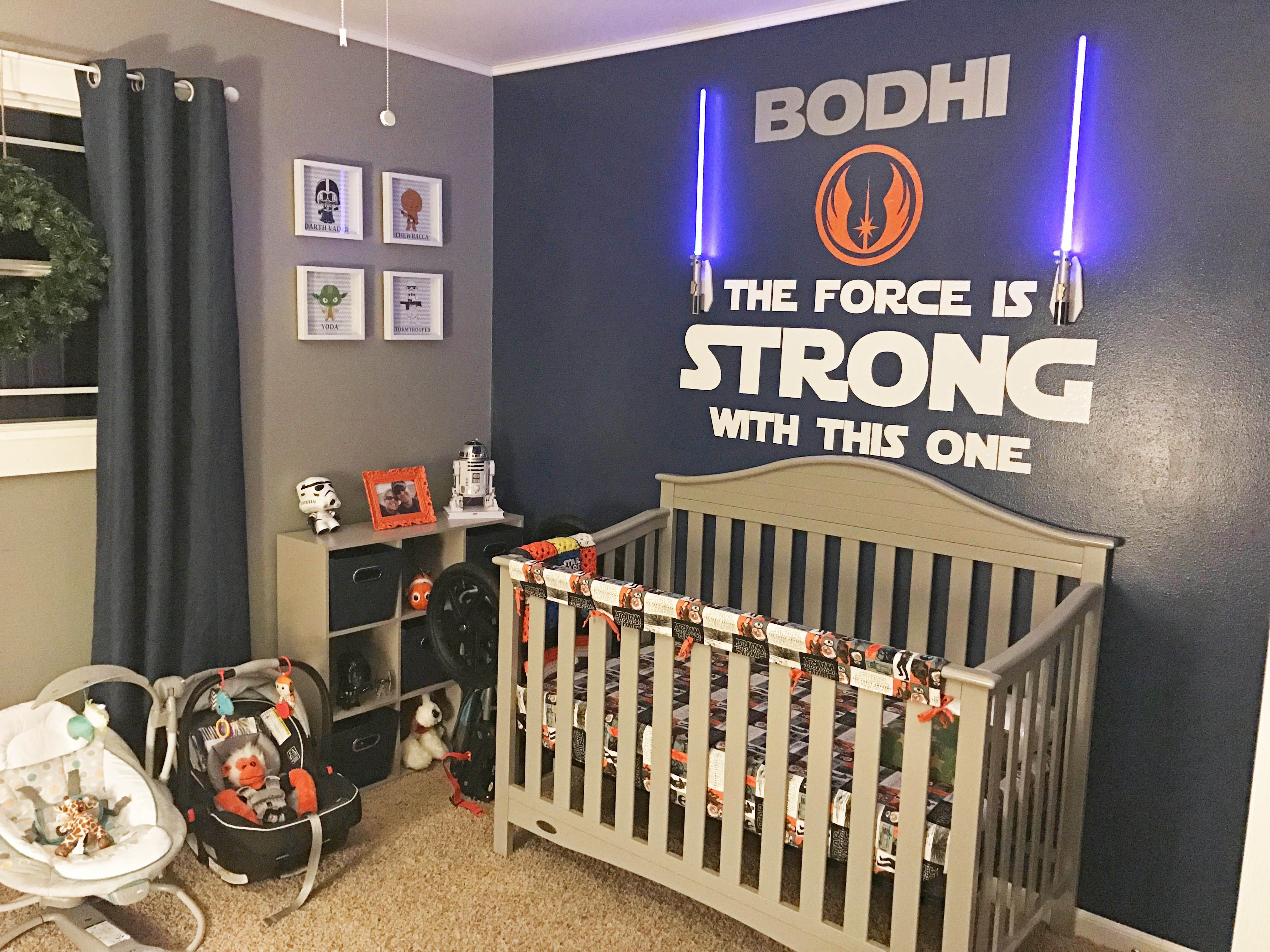 Getting your toddler set up with a nice Star Wars bedroom is the best way to make an impression.